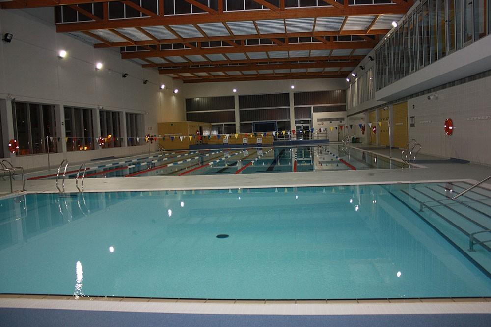 Cuanto cuesta una piscina climatizada la piscina for Cuanto cuesta hacer una piscina climatizada en casa